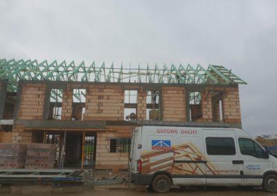 Konstrukcja dachu dla budynków wielorodzinnych w miejscowości Zalasewo.Gotowe dachy.